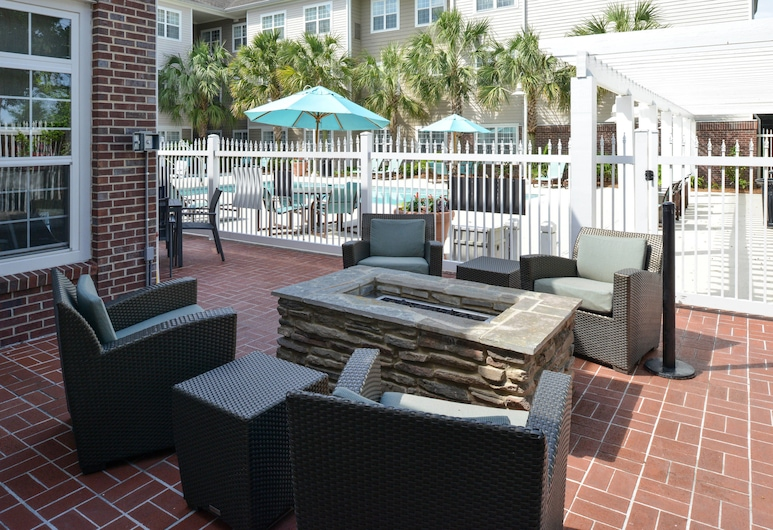 Residence Inn by Marriott Columbia Northeast/Fort Jackson Area, Columbia, Terrace/Patio