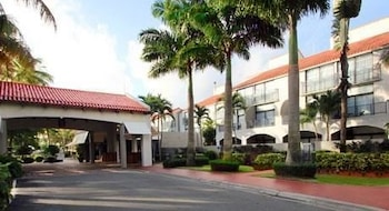 Choose This Casino Hotel in Humacao -  - Online Room Reservations