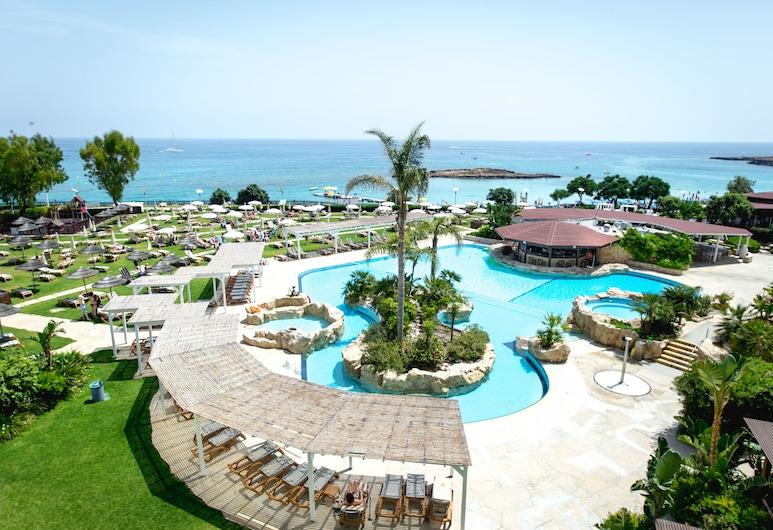 Capo Bay Hotel, Protaras, Kolam Renang
