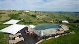Castiglione Tinella hotels,Castiglione Tinella accommodatie, online Castiglione Tinella hotel-reserveringen