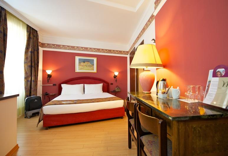 The Originals City, Hôtel Royal, Turin, Torino, Camera Superior con letto matrimoniale o 2 letti singoli, Area soggiorno