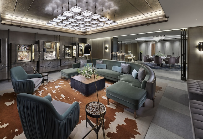 The Landmark Mandarin Oriental, Hong Kong, Hong Kong, Suite (Entertainment), Living Room