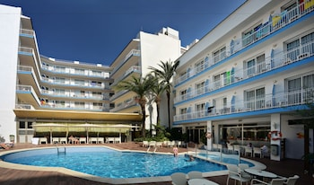 Enter your dates to get the Calella hotel deal