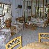 Suite monolocale, 1 letto queen - Area soggiorno