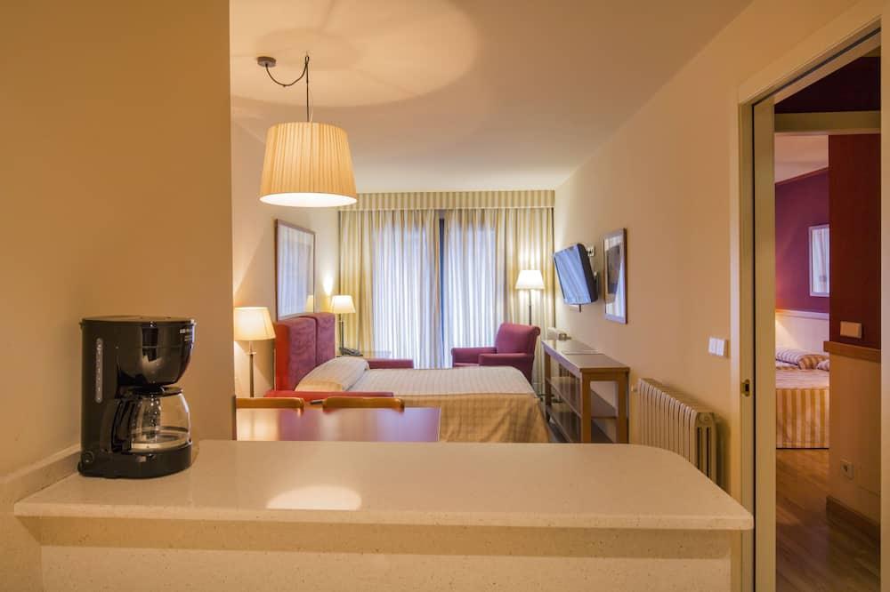 Lejlighed - 1 soveværelse - køkken (2 adults + 1 child) - Værelse