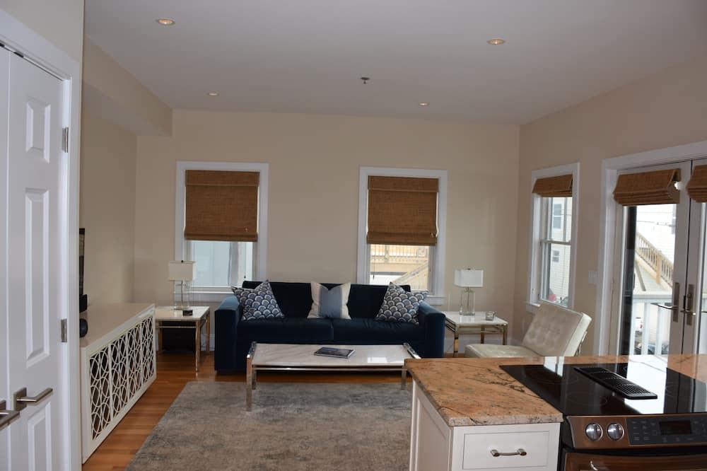 Leilighet – luxury, 1 queensize-seng, kjøkken, utsikt mot bukt - Oppholdsområde