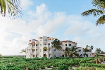 Picture of Northwest Point Resort in Providenciales