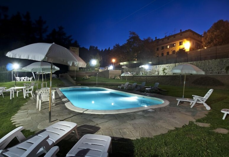 Hotel di Campagna La Miniera, Montecatini Val di Cecina, Piscina al aire libre