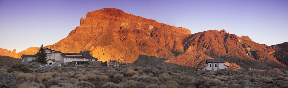 Parador de las Cañadas del Teide, La Orotava