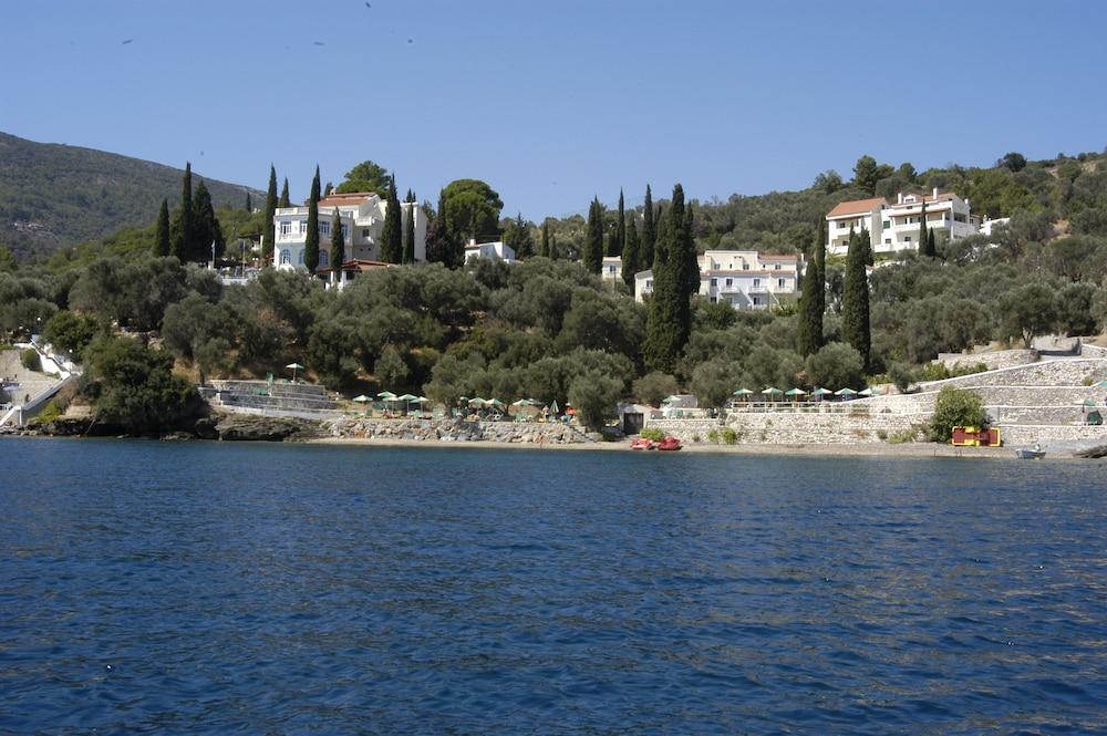 ケルヴィル ビレッジ ホテル, Samos