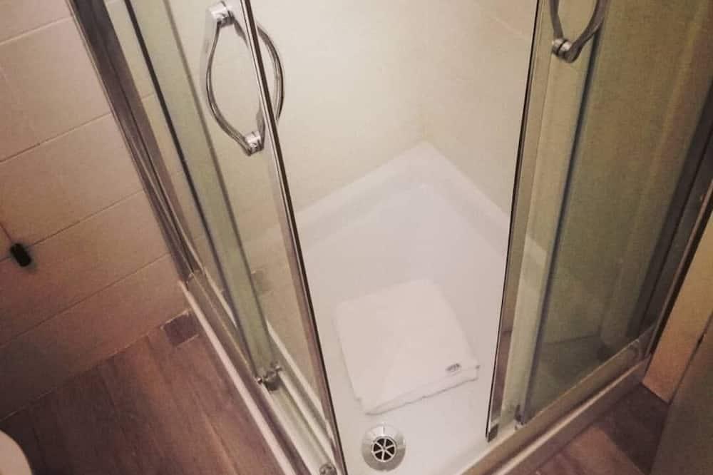 Double Room Single Use - Bathroom Shower