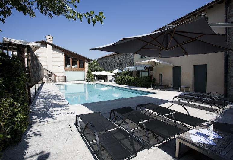 Santellone Resort, Брешиа, Открытый бассейн