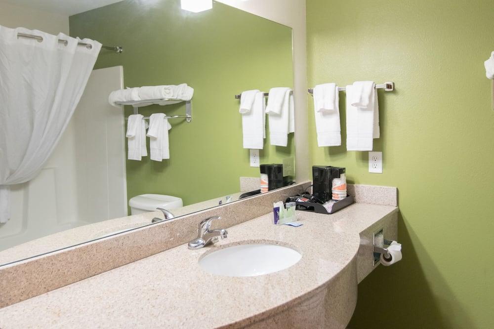 Suite, Non Smoking - Bathroom