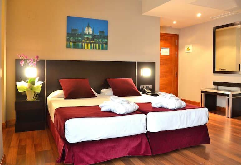 Hotel Clement Barajas, Madrid, Doppelzimmer, Zimmer