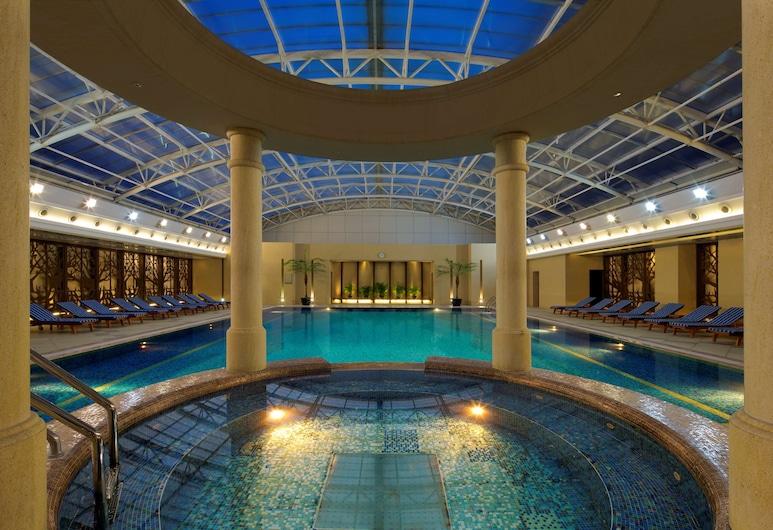 Radisson Blu Hotel Shanghai New World, Shanghai, Pool