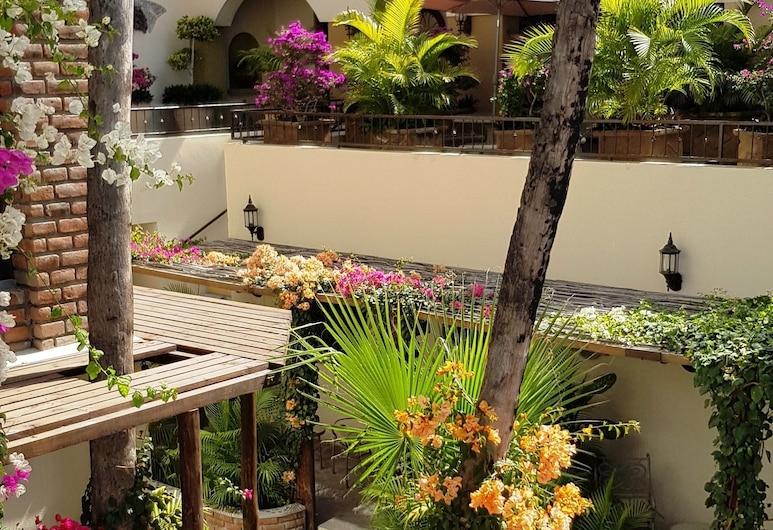 拉巴斯弗洛雷斯德拉斯波萨达酒店, 拉巴斯