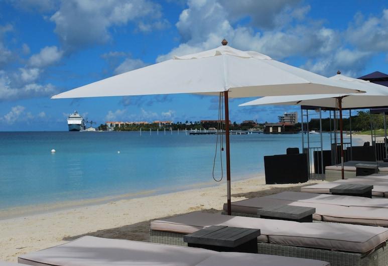 Talk of the Town Hotel and Beach Club, Oranjestad, Playa