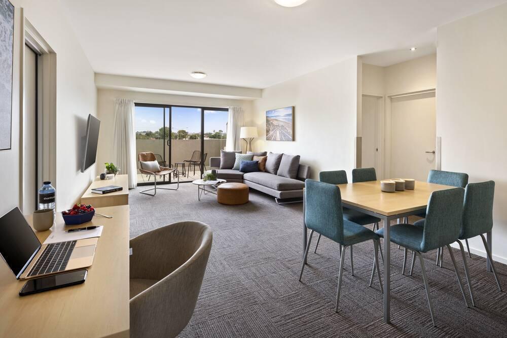 Апартаменти із покращеним обслуговуванням, 2 спальні, для некурців, кухня (Executive Apt) - Житлова площа