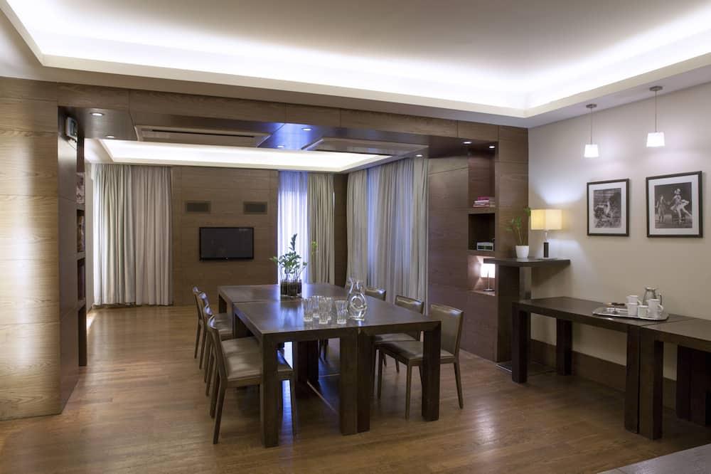 جناح (Penthouse) - تناول الطعام داخل الغرفة