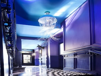 Choose This Business Hotel in Paris -  - Online Room Reservations