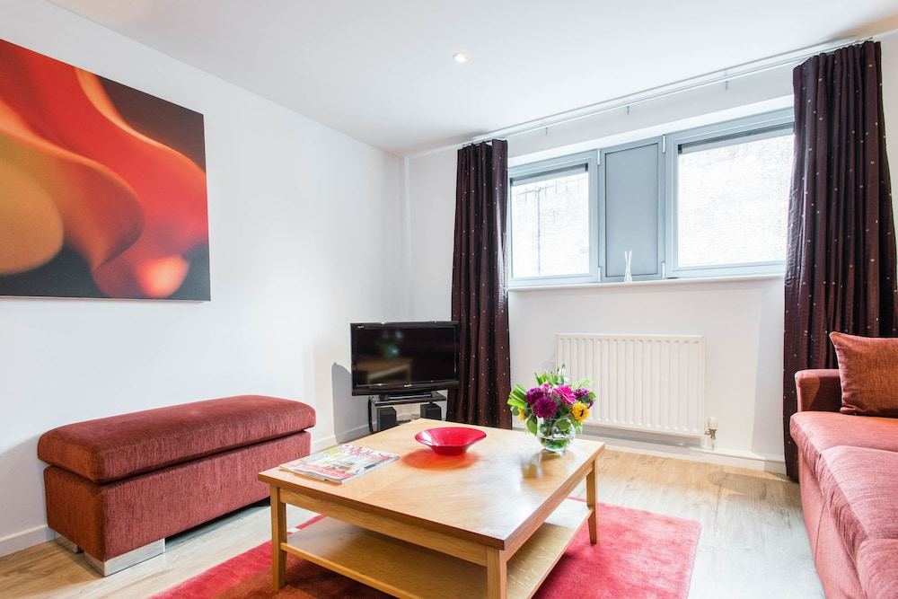 Superior PREMIER SUITES Newcastle, Newcastle Upon Tyne, Apartment, 2 Bedrooms, 2
