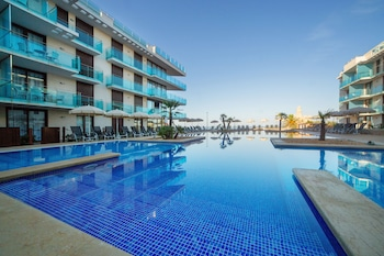 Obrázek hotelu Apartotel Ferrer Skyline Menorca ve městě Minorca