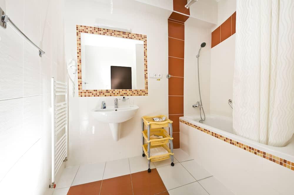 Quarto Duplo Standard (4*) - Casa de banho