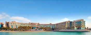 Picture of Al Raha Beach Hotel in Abu Dhabi