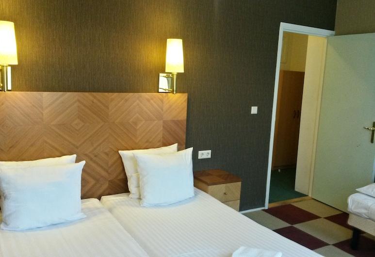 Hotel Plantage, Amsterdam, Dreibettzimmer, mit Bad, Zimmer
