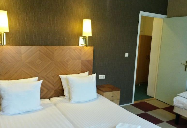 Hotel Plantage, Amsterdam, Chambre Triple, salle de bains attenante, Chambre