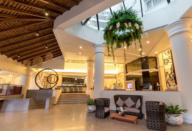 Andaman Embrace Patong, Patong, Lobby