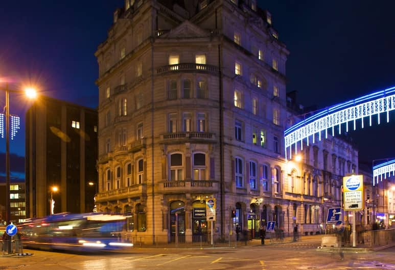 The Royal Hotel Cardiff, Cardiff, Hotellets indgang