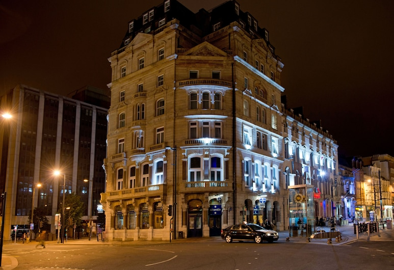 The Royal Hotel Cardiff, Cardiff, Hotel Front – Evening/Night