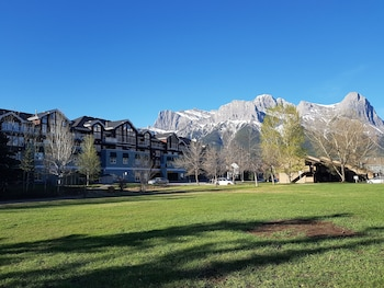Gambar Sunset Resorts Canmore and Spa di Canmore