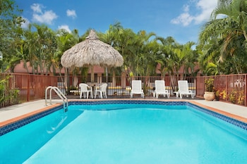 Picture of Super 8 By Wyndham Florida City/Homestead/Everglades in Florida City