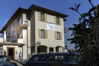Bellagio bölgesindeki Il Perlo Panorama resmi
