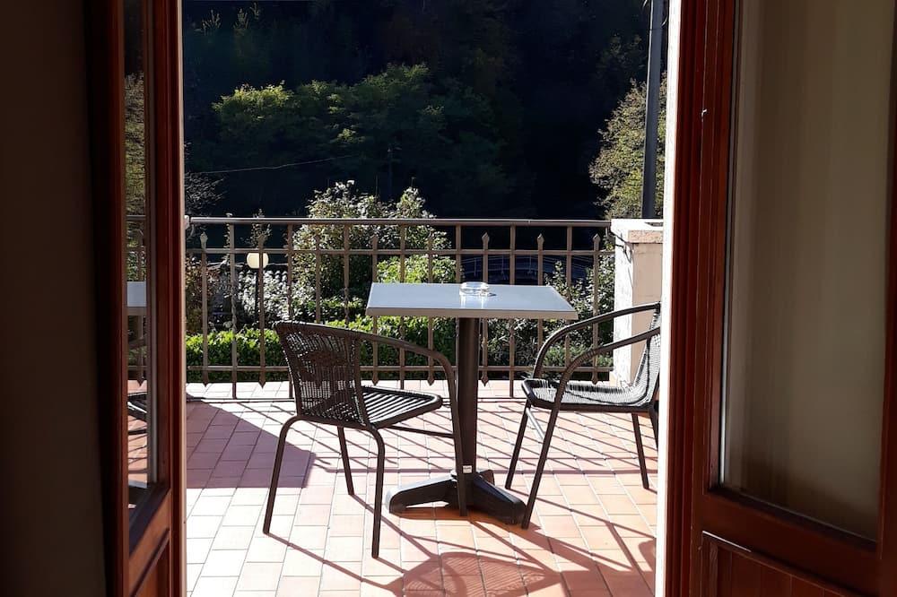 Basic Room - Balcony