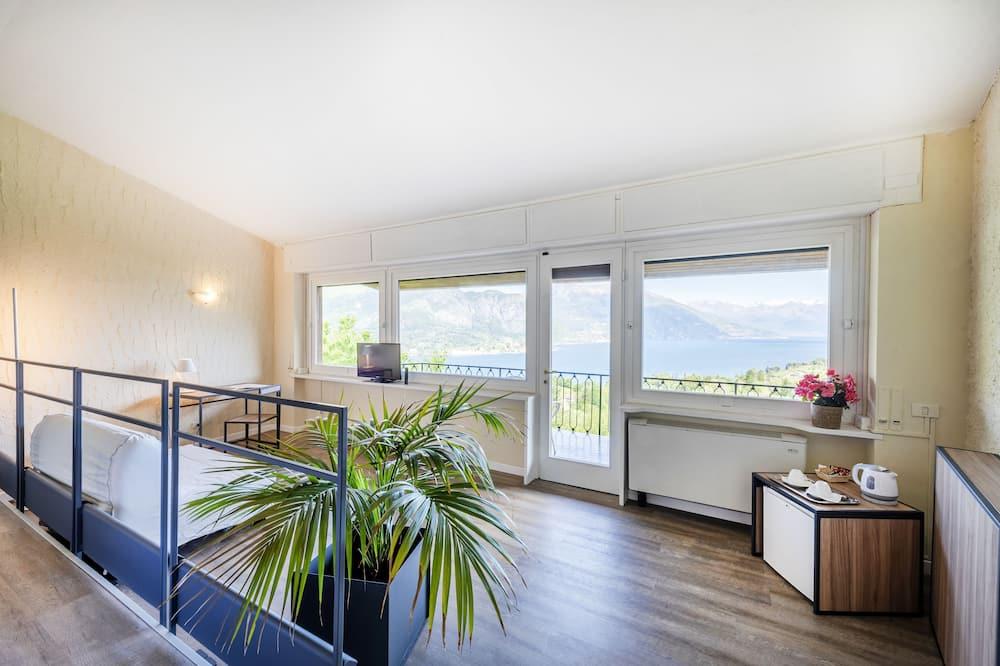 Junior Suite, Lake View (Veranda) - Living Room