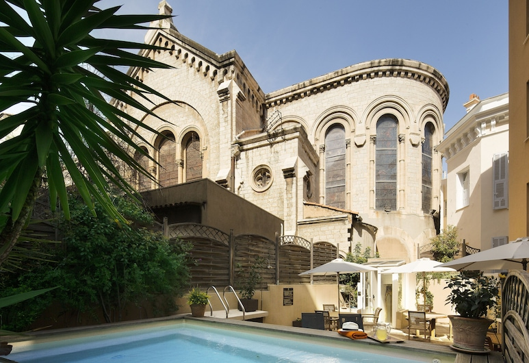 Villa d' Estelle Cannes, Cannes, Kolam Renang Luar Ruangan