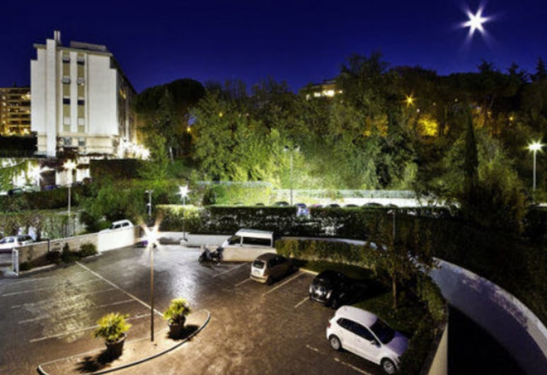 Hotel All Time Relais & Sport, Rome, Beach