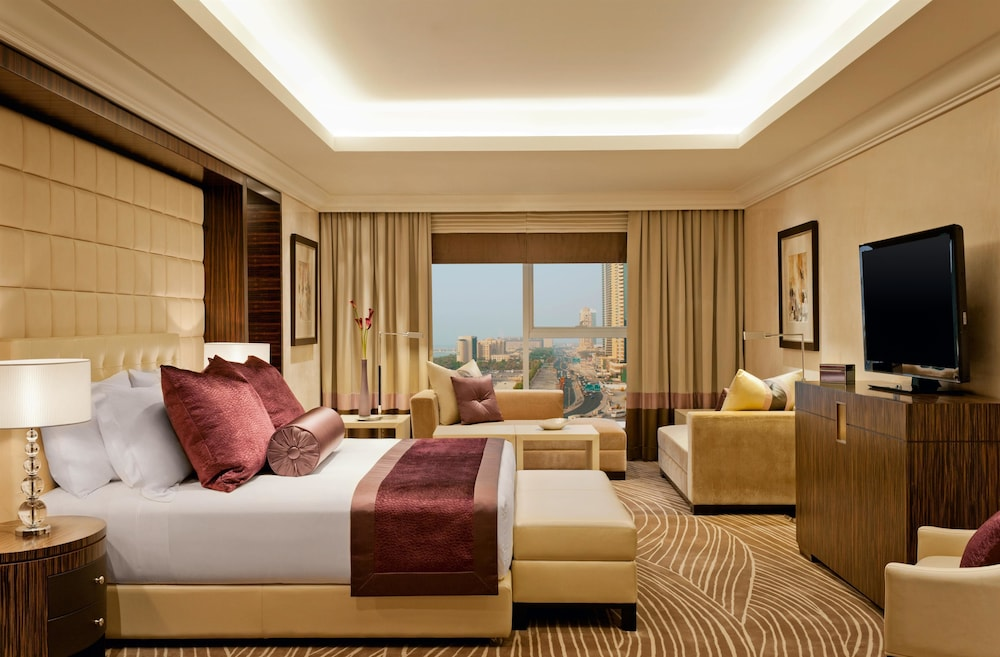 Book grosvenor house a luxury collection hotel dubai for Hotel luxury quan 6