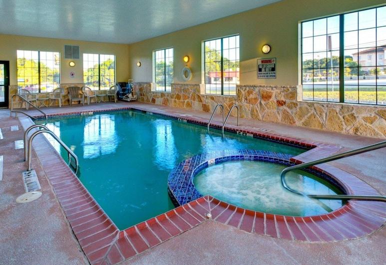 Quality Inn & Suites, Glen Rose, Piscina