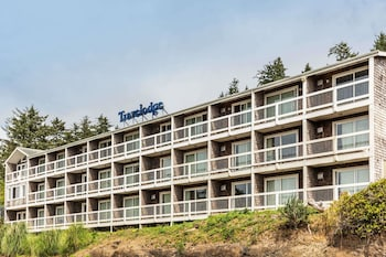 Picture of Travelodge by Wyndham Depoe Bay in Depoe Bay