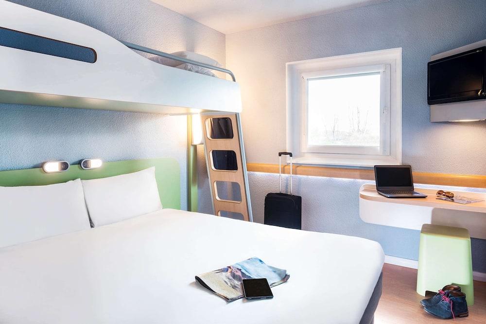 Triple Room, Multiple Beds - Guest Room