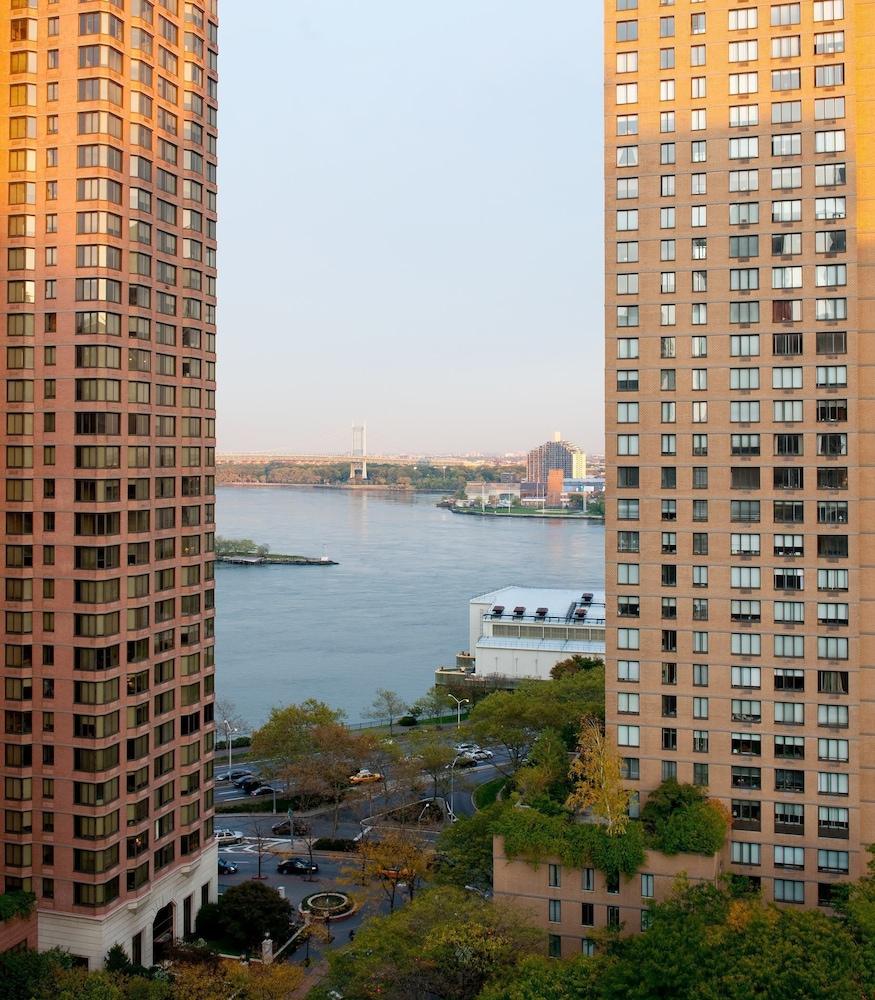 New York Manhatten: Book Courtyard By Marriott New York Manhattan/Upper East