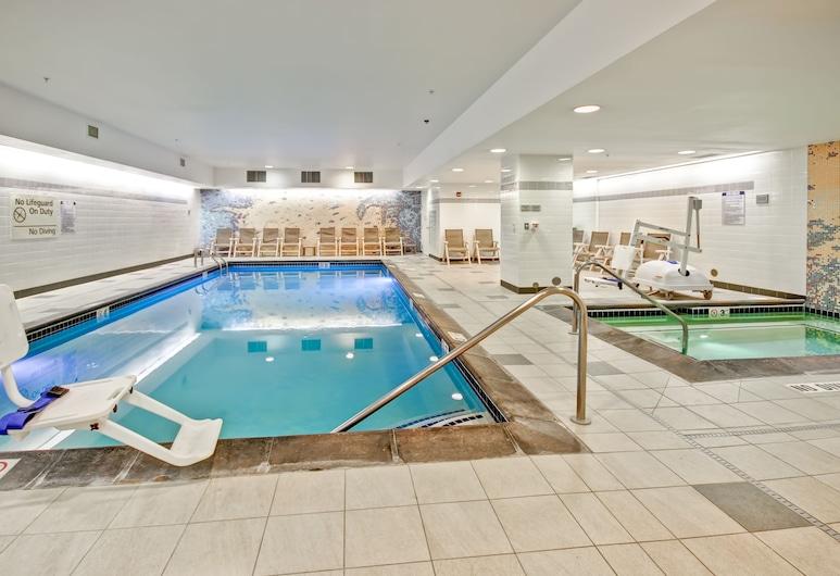 Hampton Inn & Suites Denver-Downtown, Denver, Indoor Pool