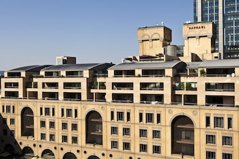 Gambar Raphael Penthouse Suites di Sandton