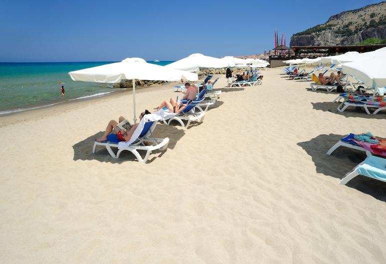 Hotel Alberi del Paradiso, Cefalù, Pláž