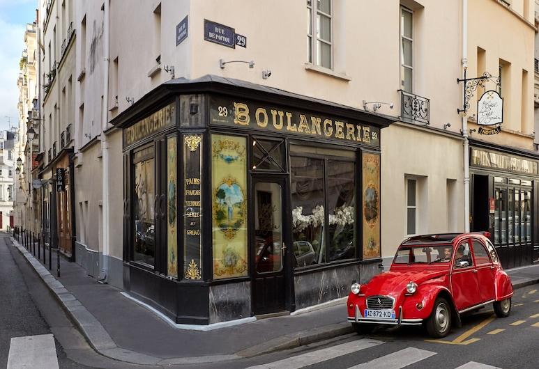 Hôtel du Petit Moulin – Small Luxury Hotels of the World, Paris