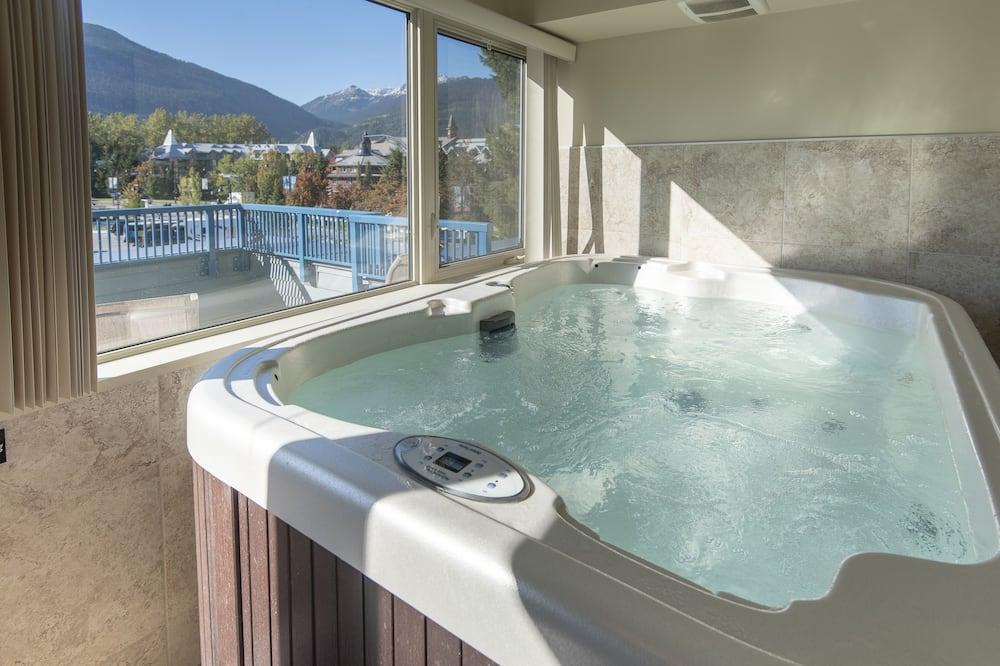 Condo, 1 Bedroom + Loft, Hot Tub (Unit 206) - Private spa tub
